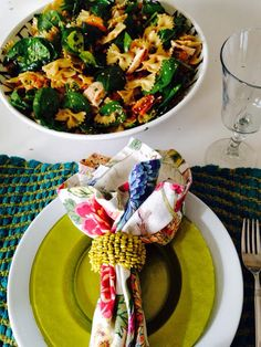 Ladies Lunch Bow Tie Pasta Spinach Salad | The Style Sisters