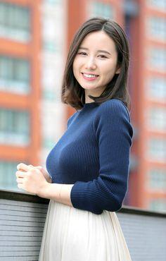 Beautiful Japanese Girl, Beautiful Asian Women, Prity Girl, Elegant Girl, Attractive Girls, Girl Hijab, Sexy Asian Girls, Beauty Women, Asian Beauty