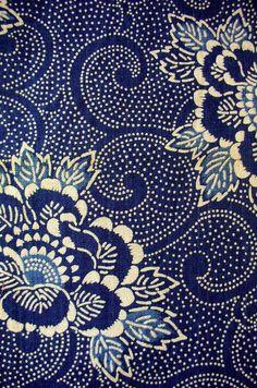 Speckled white pattern on dark blue background, lovely