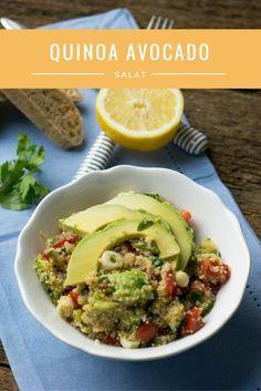 Quinoa Avocado Salat mit Tomaten und Zitronendressing