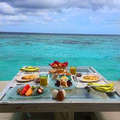 breakfast in a laamu water villa! @q8traveller_