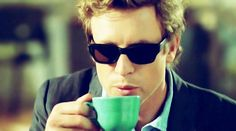 The Mentalist, Simon Baker, loves a cuppa #tea.