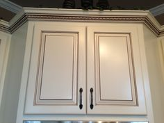 Antique White Cabinets With Glaze