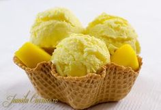 Inghetata de mango – reteta video Cooking Ice Cream, Dessert Drinks, Desserts, Romanian Food, Romanian Recipes, Frappe, Manga, Sorbet, Parfait