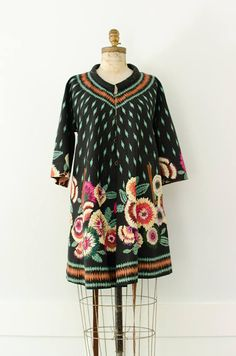 Vintage Chic Embroidered Floral Reversible Coat / Dress
