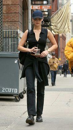 Bella Hadid Outfits, Bella Hadid Style, Look Fashion, Fashion Models, Fashion Outfits, Celebrity Outfits, Celebrity Style, Summer Outfits, Cute Outfits