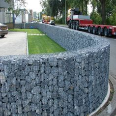 Unique Gabion Wall Garden design - Decorate Your Home Fence Landscaping, Backyard Fences, Garden Fencing, Pool Fence, Fence Design, Garden Design, Wall Design, Gabion Cages, Gabion Retaining Wall