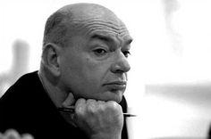Jean Nouvel(12 de agostode1945) é um arquitetofrancês.  Nouvel estudou na École des Beaux-Arts em Paris e foi um membro fundador da Mars 1976 e Syndicat de l'Architecture. Ele obteve um número de distinções de prestígio, ao longo de sua carreira, incluindo o Prémio Aga Khan para a Arquitectura (tecnicamente, o prêmio foi concedido para o Institut du Monde Arabe que Nouvel concebido), o Wolf Prize in Arts em 2005 e o Pritzker Prêmio em 2008. Uma série de museus e centros de arquitectura…