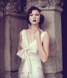 1920s Hair and Makeup   Wedding fashion - 1920 / 1930s Bride Hair and Makeup   Bridal Beauty