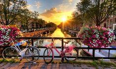 Groupon - Amsterdam: Schifffahrt entlang der Kanäle für 1 bis 4 Personen    in Tour panorámico en barco. Groupon Angebotspreis: 9,90€