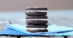 These Healthy Oreos give you the same deliciousness of the original... without all the unhealthy ingredients or trans fat!