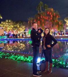 Christmas Lights At Mesa Temple 2020 A little magic for a family #datenight to the Mesa Temple to look