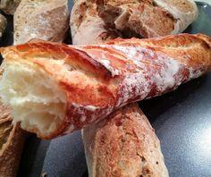 Ψωμί (μπαγκέτα τραγανή)