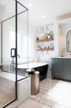 Black And White Master Bathroom, Black Bathtub, Bathroom Styling, Bathroom Interior Design, Modern Farmhouse Bathroom, Modern Master Bathroom, Master Bath Remodel, Upstairs Bathrooms, Bathroom Renos
