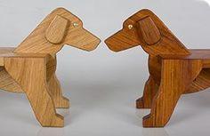 Dax - en danskproduceret skammel og sjovt trælegetøj i miljøvenlige materialer. Den er da ret skøn....
