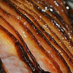 My Honey Baked Ham won't break the bank, but WILL leave you wondering why you ever spent money on the ''fancy pants' version! Top Recipes, Cooking Recipes, Copycat Recipes, Yummy Recipes, Healthy Recipes, Can Cats Eat Ham, Holiday Recipes, Dinner Recipes, Dinner Ideas