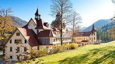 Urlaubsangebote in der Steiermark, Urlaub in der Steiermark, Angebote im Hotel Schloss KAssegg Das Hotel, Travel Bugs, Austria, Switzerland, Europe, Mansions, House Styles, Cities, Rural Area