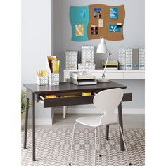 Our Caché Desk works beautifully in tight quarters. Its sleek, modern design is compact, yet it's big on style. Its drawer features a pale grey interior as well as built-in organizers. Office Nook, Office Decor, Office Ideas, Small Space Living, Small Spaces, Small Desks, Work Spaces, Kitchen Organization, Kitchen Storage