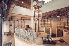Vodu jako luxusní zboží prodává butik Casa Del Agua v Mexico City.