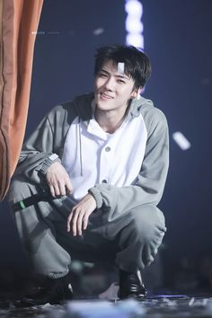 Sehun-ah, I am going to love you so much you won't even know sadness exist! Baekhyun Chanyeol, Exo Bts, Sehun Hot, Kpop Exo, Bts And Exo, Park Chanyeol, Rapper, Luhan And Kris, Xiuchen