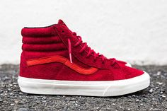 Vans Year of the Monkey Pack. The Vans Year of the Monkey Pack for 2016 features two pairs of the Hi and one Half Cab. Vans X, Vans Sneakers, High Top Sneakers, Basket Vans, Year Of The Monkey, Sneaker Magazine, Vans Off The Wall, Swagg, Shoe Brands