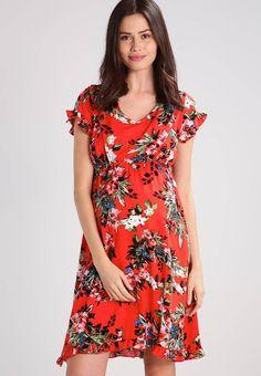 MAMALICIOUS. MLCUBA MARY - Freizeitkleid - fiery red. #flower #flower-power #zalando #fashion #flowerdresses Details:Mit Stillfunktion. Modelgröße:Unser Model ist 180 cm groß und trägt Größe S. Futter:95% Baumwolle, 5% Elasthan. Material Oberstoff:100% Viskose. Ausschnitt:tiefer V-Ausschnitt. Gesamtlänge:...