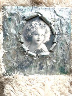 Decoupage και τεχνική κάδρο από εφημερίδα   marilenaspotofart Decoupage, Sculpting, Workshop, Painting, Frame, Crafts, Journal, Home Decor, Books