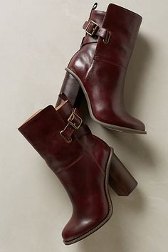 gorgeous burgundy short boots #anthrofave http://rstyle.me/n/sg4phr9te