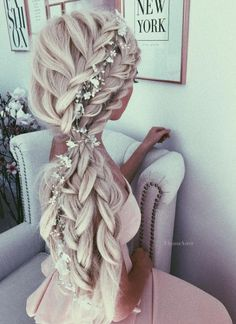 Top 20 braided hairstyles for summer 2017 – Beautiful long white hair wedding bi… - Wedding Hairstyles Wedding Hairstyles For Long Hair, Bride Hairstyles, Summer Hairstyles, Pretty Hairstyles, Hairstyle Ideas, Bridesmaid Hairstyles, Hair Ideas, Hairstyles Haircuts, Famous Hairstyles