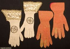 Two Pair Ecclesiastical Gloves, 18th C, Augusta Auctions, November 13, 2013 - NYC, Lot 34