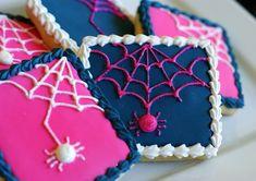 Preppy Spider Web Cookies {Tutorial} So Cute!