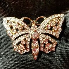 I just discovered this while shopping on Poshmark: Vintage Signed Carolee Rhinestone Butterfly Pin. Check it out! Price: $55 Size: See description