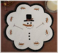 January Thaw-Quick & Easy Penny Rug/Candle Mat E-pattern Snowman Crafts, Felt Crafts, Christmas Crafts, Xmas, Penny Rug Patterns, Felt Patterns, Print Patterns, Penny Rugs, Felt Applique
