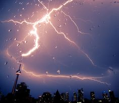 As i listened to the thunder and lightning outside I just thought how amazing/exciting/terrifying this would be to witness in Toronto. Lots of cool things to find on this website. Tornados, Thunderstorms, Thunder And Lightning, Lightning Storms, Lightning Photos, Wild Weather, Rain Storm, Natural Phenomena, Natural Disasters