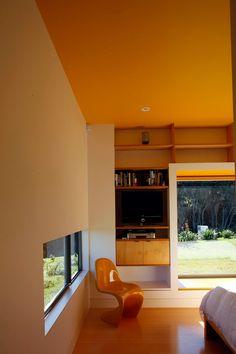 Waiheke Island House by Mitchell & Stout Architects