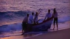 Nas viagens para descobrir a costa ocidental africana, os marinheiros enfrentaram lendas fabulosas e um mar tenebroso. Acreditavam que o Bojador era o fim do mundo. Mas o infante D. Henrique estava convencido do contrário e Gil Eanes dobrou o medo em 1434.
