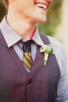 Cute vest and boutonniere action. Casual Wedding Groom, Groom And Groomsmen Style, Groom Style, Wedding Men, Wedding Styles, Wedding Summer, Elegant Wedding, Boho Hippie, Hippie Chic Weddings