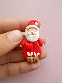 Christmas Jewelry - Santa Pins Brooch - Winter Jewelry - Gift for kids - Christmas Gift - Christmas Jewelry – Santa Pins Brooch – Winter Jewelry – Gift for kids – Christmas Gift - Polymer Clay Ornaments, Fimo Clay, Polymer Clay Projects, Polymer Clay Charms, Polymer Clay Creations, Polymer Clay Art, Polymer Clay Jewelry, Clay Crafts, Clay Beads
