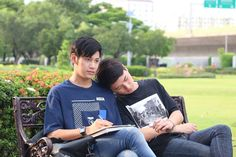 our skyy krist singto 1 Y 2, Cute Gay Couples, Fujoshi, Pretty Boys, How To Look Better, Thailand, Handsome, Celebs, Actors