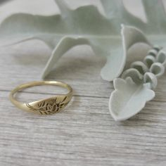 Gold flower signet ring vintage style floral ring by LilyandDahlia