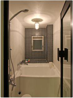 洞窟を作ることでコンパクトでも色々!広々!なマンション - 物件ファン Corner Bathtub, Bathroom, Interior, Home, Washroom, Indoor, Full Bath, Ad Home, Interiors