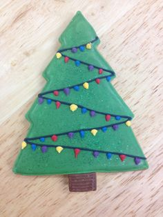 Christmas Tree iced biscuit