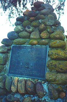 The inscription reads: In memory of Nancy Ward, Princess and Prophetess of the Cherokee Nation. The Pocahontas of Tennessee, the Constant Friend of the American Pioneer. Born 1738 - Died Erected by The Nancy Ward Chapter, Daughters of the Revolution, Cherokee History, Native American Cherokee, Native American History, Native American Indians, American Symbols, Cherokee Tribe, Cherokee Indians, Trail Of Tears, Native Indian