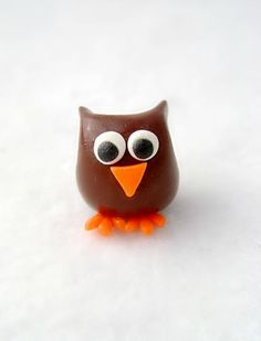 owl...this one is a polymer clay owl...i can see doing this out of Tootsie Rolls....regular and the colored ones....