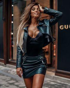 Fashion 2019 New Moda Style - fashion Leather Dresses, Leather Skirt, Leather Jacket, Mode Glamour, Look Fashion, Womens Fashion, Elegantes Outfit, Sexy Skirt, Hot Outfits