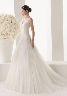 v-back dropped waist v-neck wedding dress - #fashion -  wedding dress,  vintage,  #beach