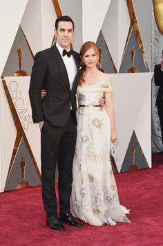 Sacha Baron Cohen et Isla Fisher aux Oscars 2016