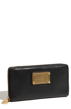 MARC BY MARC JACOBS 'Classic Q - Vertical Zippy' Wallet. $200.