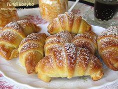 Tündi konyha: lekváros kifli Pretzel Bites, French Toast, Bread, Breakfast, Food, Morning Coffee, Brot, Essen, Baking