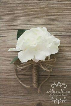 Rustic Boutonniere Hydrangea Boutonniere by MissHanaFloralDesign Hydrangea Corsage, Hydrangea Boutonniere, Hydrangea Bouquet Wedding, White Boutonniere, Rustic Boutonniere, Bride Bouquets, Bridesmaid Bouquet, Prom Flowers, Silk Flowers